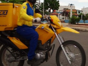 ECT terá que retomar o pagamento de adicional para carteiro motociclista