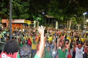 Trabalhadores da Bahia deflagram greve por tempo indeterminado