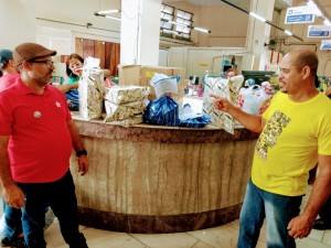 Sincotelba faz ato solidário e distribui presentes de natal para crianças carentes